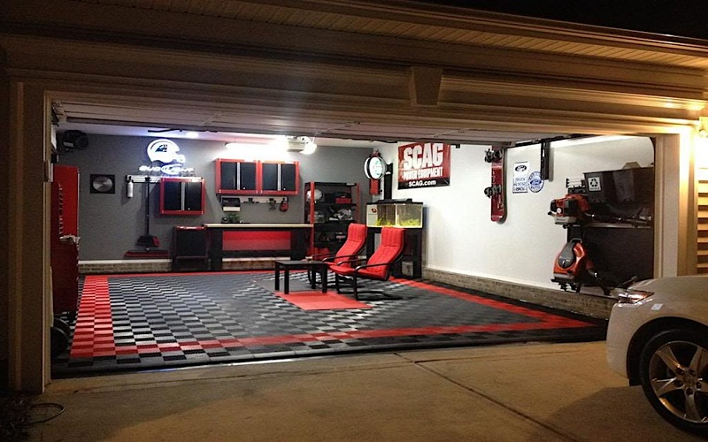 decorate a garage idea