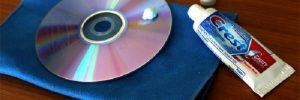 How to remove deep scratches from a cd with toothpaste
